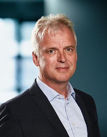 G.J. (Gerard) van Nieuwenhuijzen RB