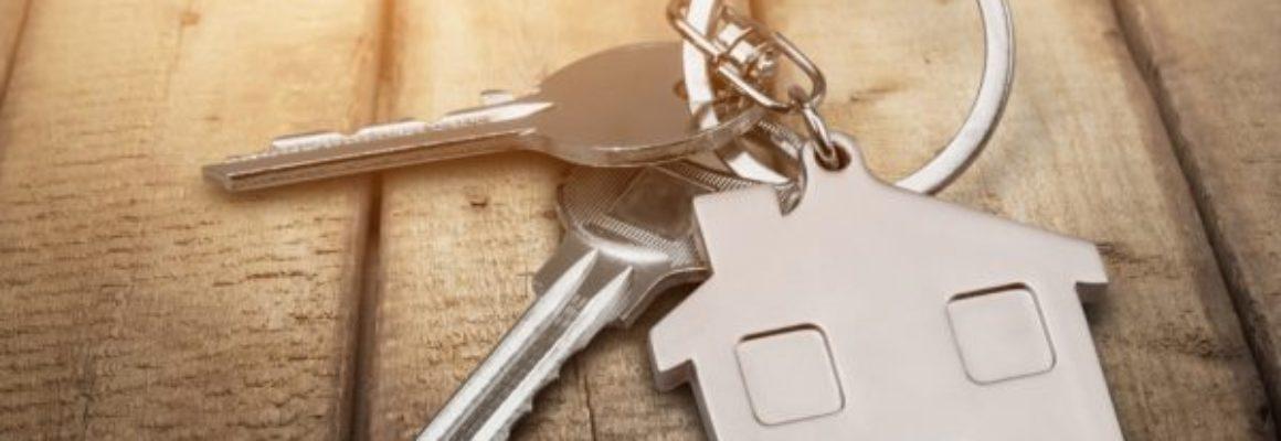 sleutelbos met huis sleutelhanger