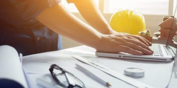 mkbers in bouw bezorgd om verzekering