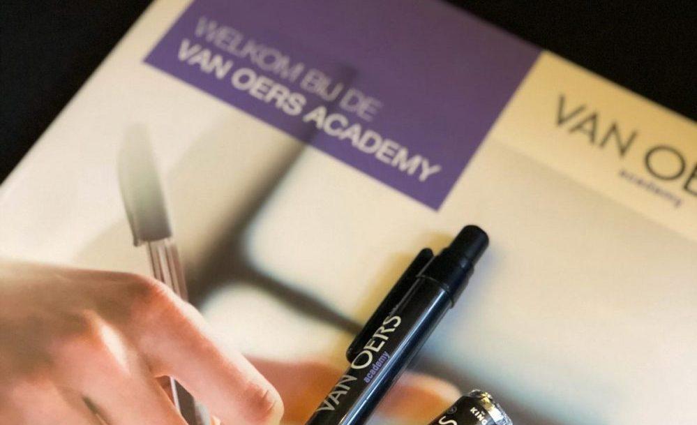 De Van Oers Academy