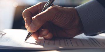 Moet u uw overeenkomsten van opdracht en managementovereenkomsten herbeoordelen?